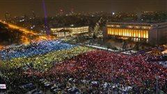 Les Roumains descendent dans la rue