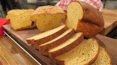 Une recette de pain au fromage