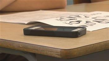 Le cellulaire à l'école pour responsabiliser les élèves