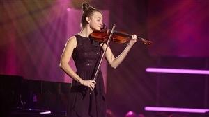 La violoniste Rébecca Berthiaume joue Danses espagnoles, op. 24, « Caprice basque » de Pablo de Sarasate.