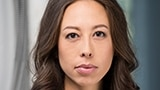 Cynthia Wu-Maheux (Julie)