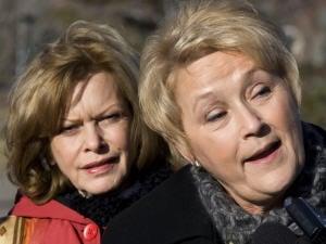 Pauline Marois et  Lisette Lapointe (archives)