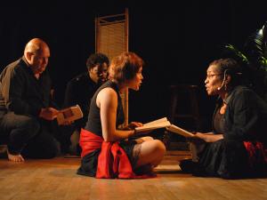 Michel Vézina, Franz Benjamin, Pascale Montreuil et Mireille Métellus lisent les textes d'Aimé Césaire.