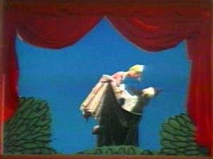 Deux marionnettes de l'émission de «La Boîte à surprises»