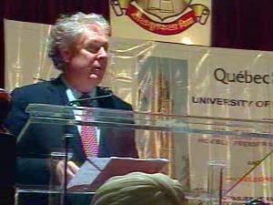 Le premier ministre du Québec a prononcé un discours à l'Université de Mumbai.