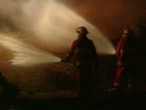 Les pompiers ont réussi à contrôler le feu de tourbière dimanche.