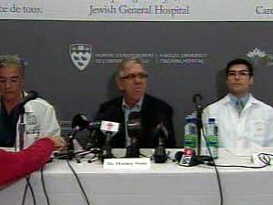 Les médecins de M. Chrétien ont rencontré la presse samedi après-midi.
