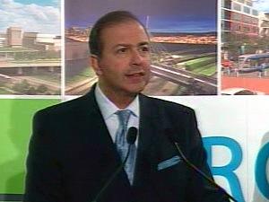 Le ministre des Transports, Sam Hamad