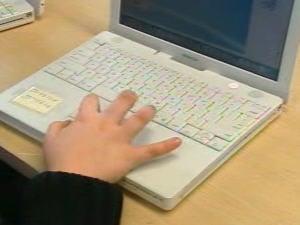 L'ordinateur portable d'un élève de la commission scolaire Eastern Townships