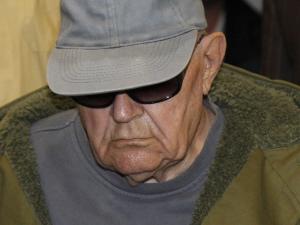 John Demjanjuk, à son arrivée au tribunal de Munich, jeudi.