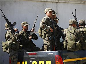 Des soldats guatémaltèques