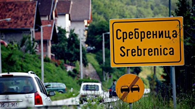 L'entrée de la ville de Srebrenica, en Bosnie-Herzégovine