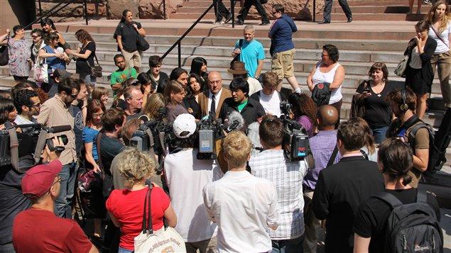 Le point de presse de Jaggi Singh a attiré plusieurs membres de la presse, le 21 juin 2011.