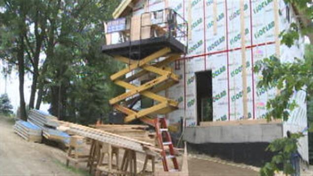 victoriaville veut plus de maisons vertes sur son. Black Bedroom Furniture Sets. Home Design Ideas
