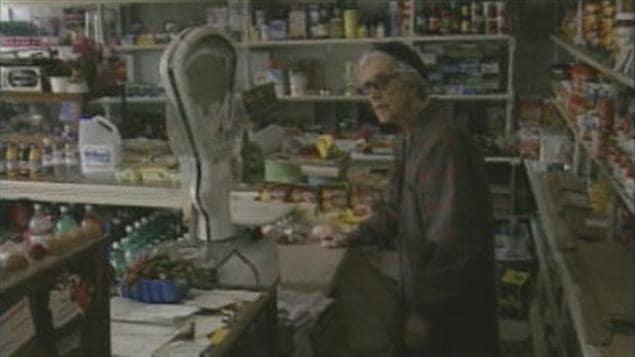 L 39 ancienne picerie jeanne gagn d 39 alma est d molie ici radio - Le comptoir de l ancienne ...