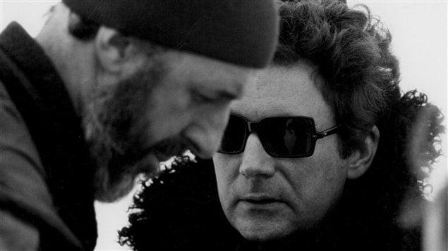 Le cinéaste Michel Brault en compagnie de Claude Jutra (archives)