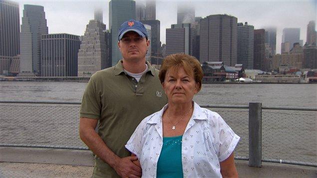 Maie Mills et son fils John