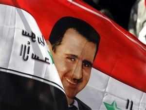 Drapeau à l'effigie du président syrien Bachar Al-Assad