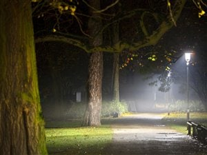 Jessica Larabee a dû passée la nuit dans un parc après que le refuge d'aide pour femmes lui a refusé l'accès