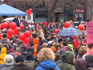 Les étudiants entament leur 9e semaine de grève contre la hausse des droits de scolarité.