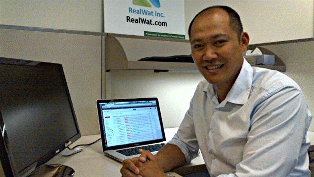 David Ker est déjà en affaires au Cambodge où il emploie une vingtaine de jeunes programmeurs.