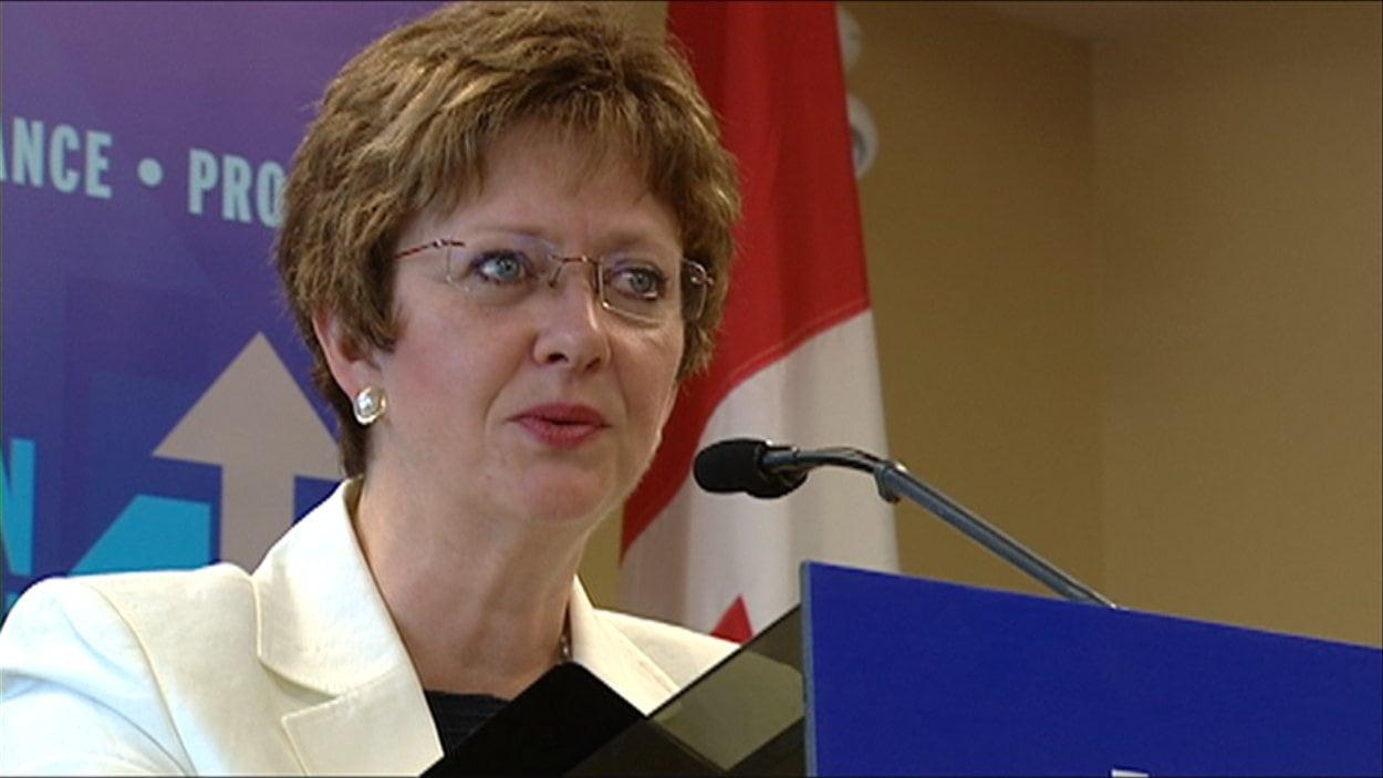 La ministre des Ressources humaines, Diane Finley