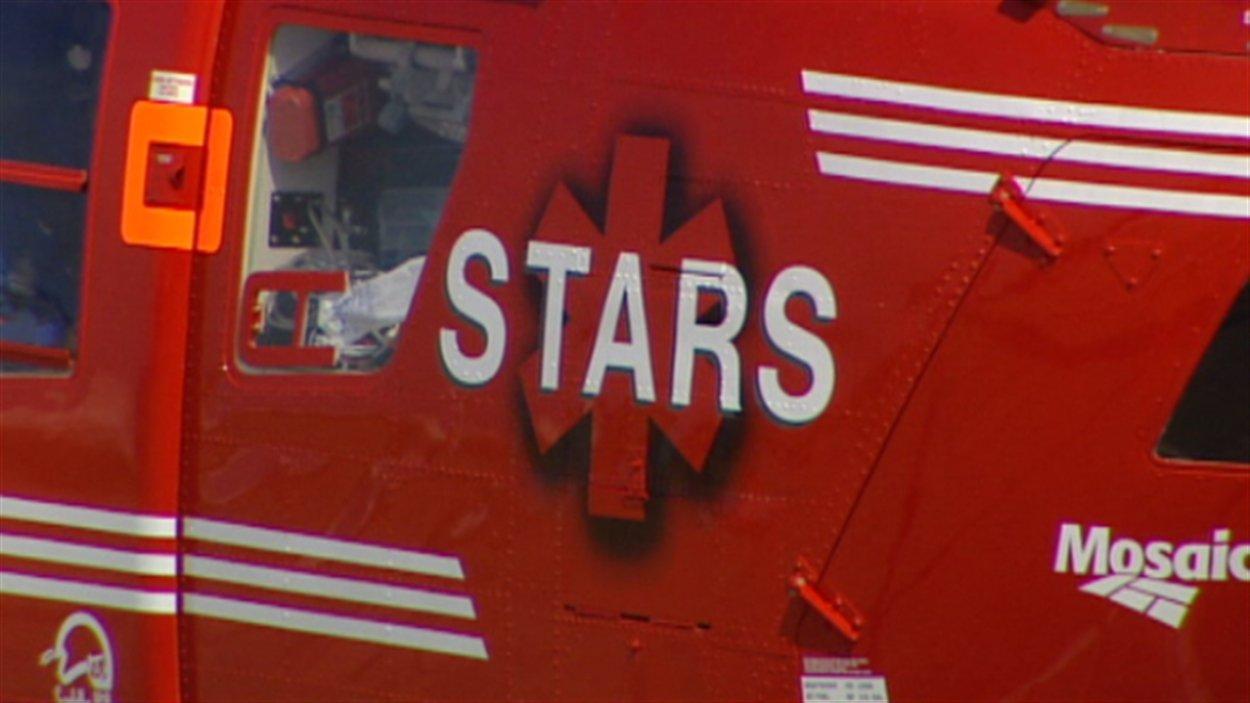 Un hélicoptère-ambulance STARS en Alberta
