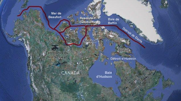 Le passage du Nord-Ouest reliant l'océan Atlantique à l'océan Pacifique en passant entre les îles arctiques du Grand Nord canadien