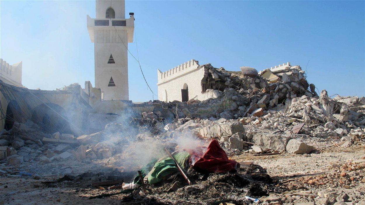 Le mausolée Al-Shaab Al-Dahman près de la capitale