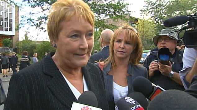 Pauline Marois à la sortie de la cérémonie de commémoration nationale pour Denis Blanchette.