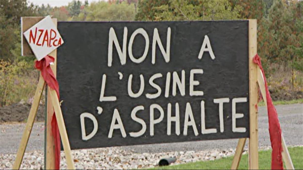 Des citoyens s'opposent au projet d'usine d'asphalte à Plantagenet.