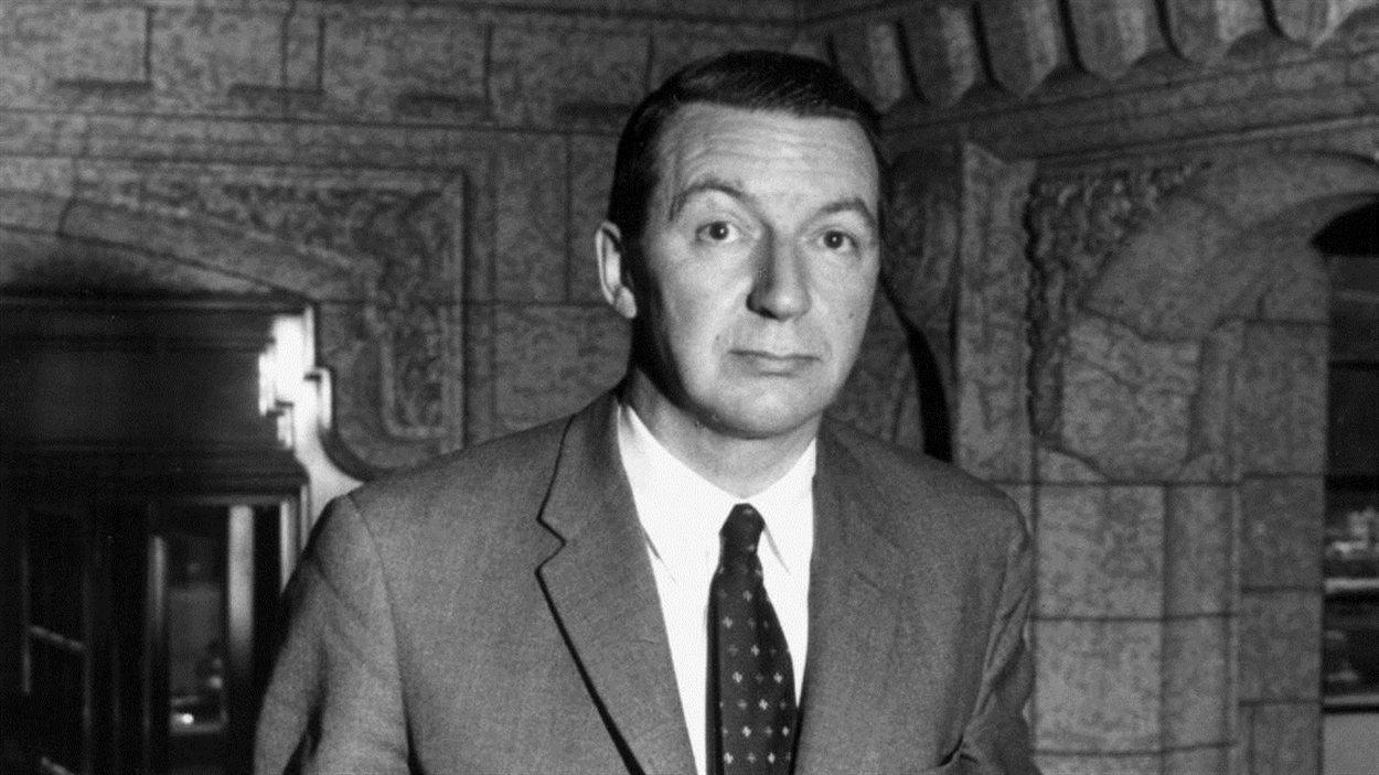 L'ancien gouverneur de la Banque du Canada, James Coyne