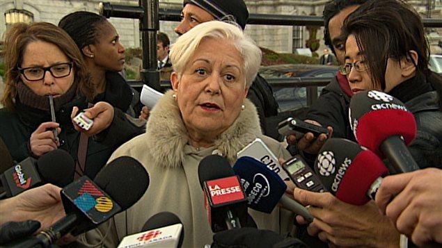 Louise Harel en point de presse