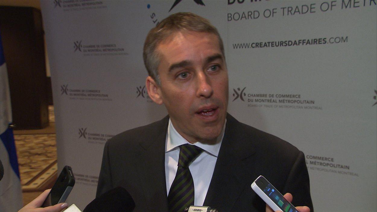 Le ministre des Finances Nicolas Marceau après un discours à la Chambre de commerce du Montréal métropolitain.