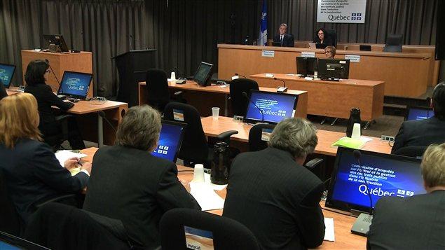 Salle d'audience de la commission Charbonneau