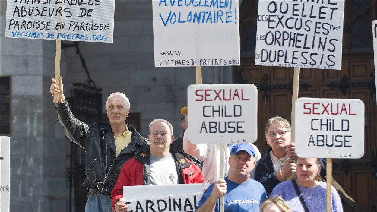 Résultats de recherche d'images pour «Justice pour les orphelins de Duplessis»