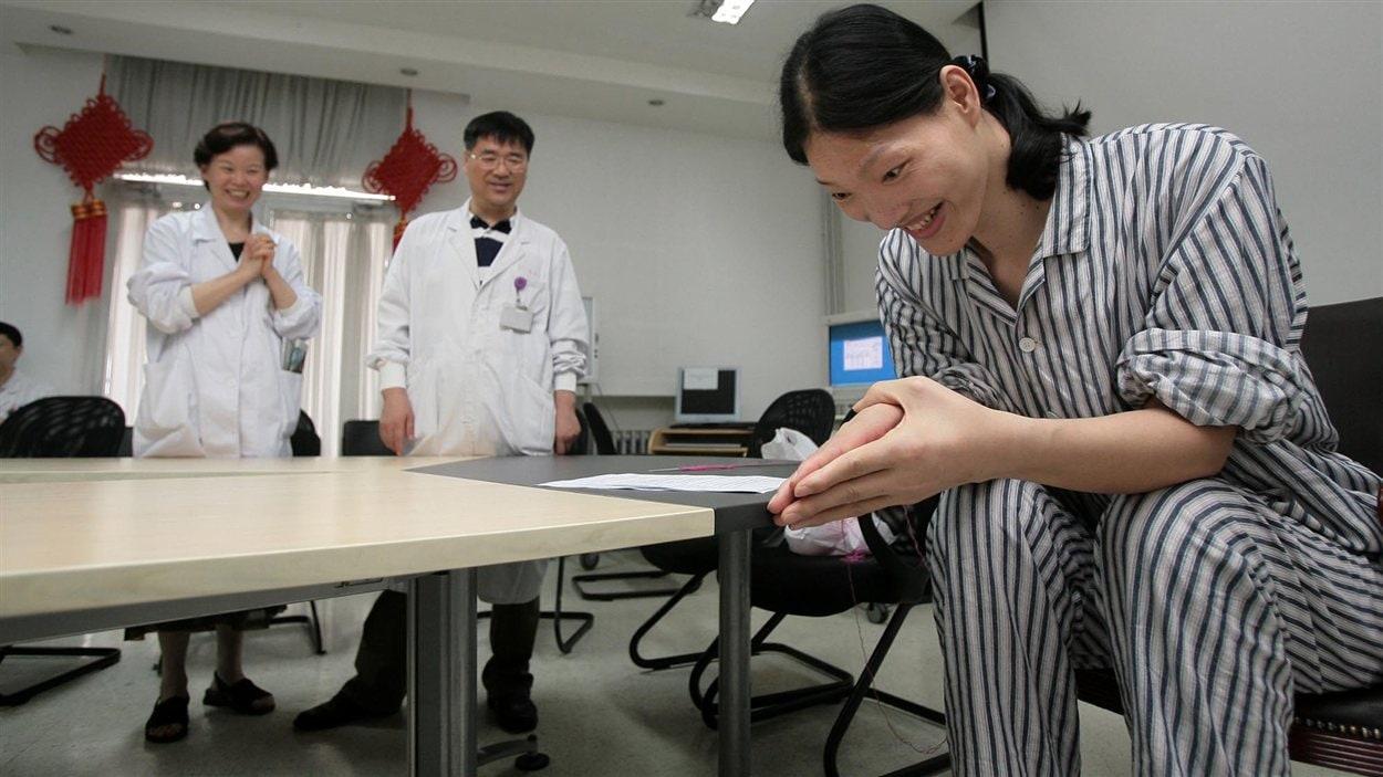 Yao Defen, la femme la plus grande du monde est morte