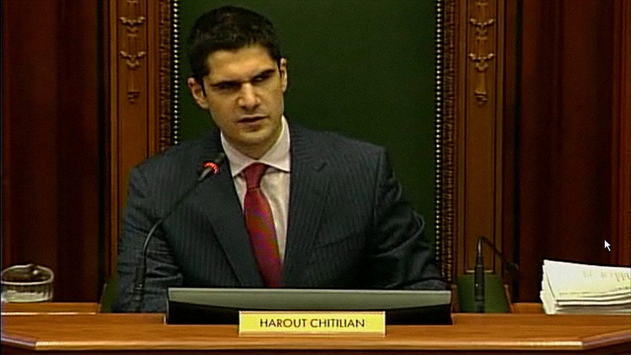 Le président du conseil municipal Harout Chitilian quitte Union Montréal.