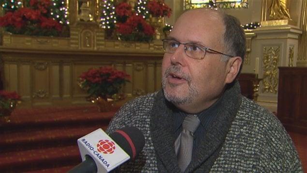 Mario Desrosiers a choisi de devenir prêtre.