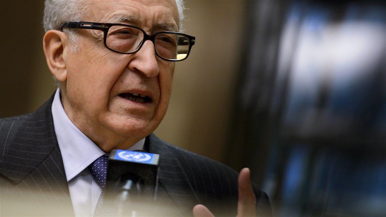 Lakhdar Brahimi au siège de l'ONU à Genève (archives)