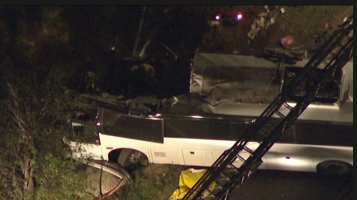 Le bus accidenté à 80 kilomètres de Los Angeles, dimanche soir