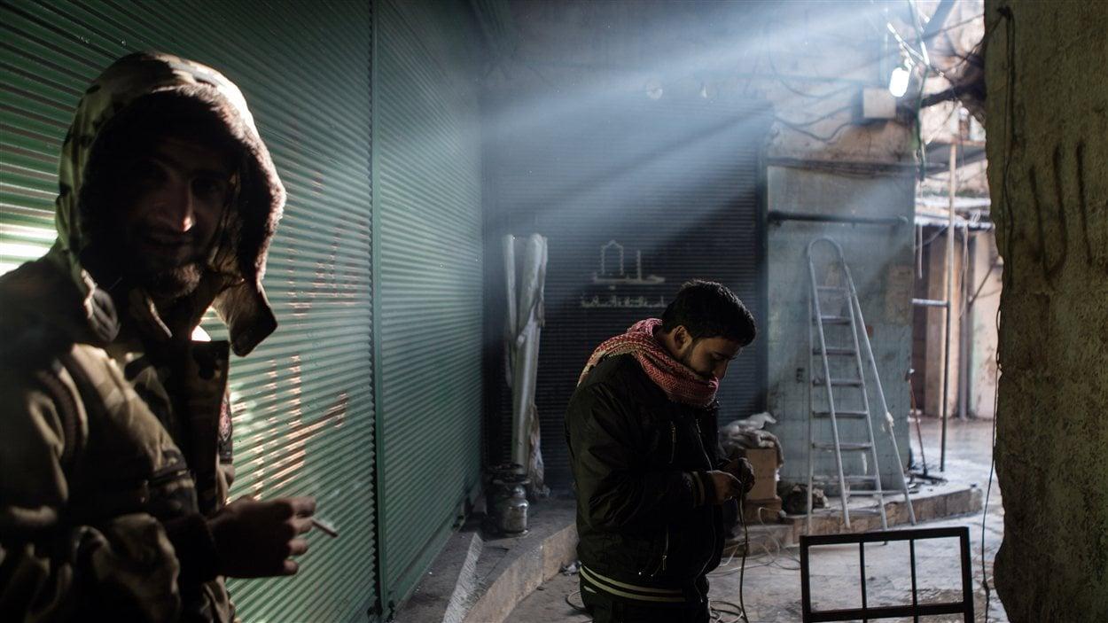Des rebelles dans la vieille ville d'Alep