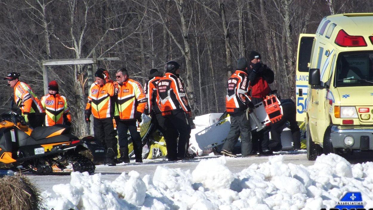 Jacques Villeneuve a été victime d'un accident au Grand Prix Ski-Doo de Valcourt