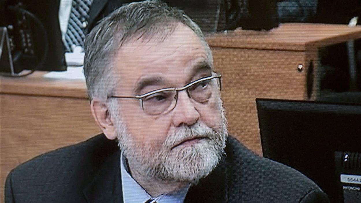Pierre Lavallé témoigne devant la commission Charbonneau le 18 mars 2013.