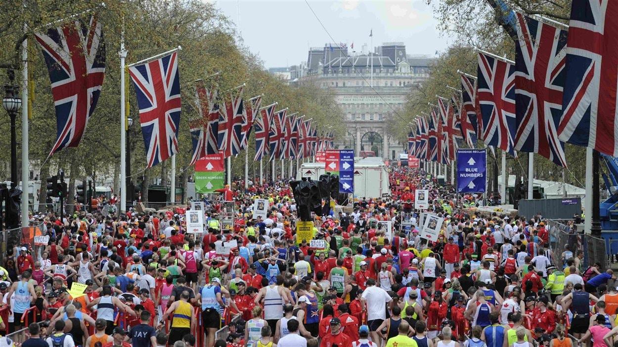 Des coureurs lors du marathon de Londres du 25 avril 2010