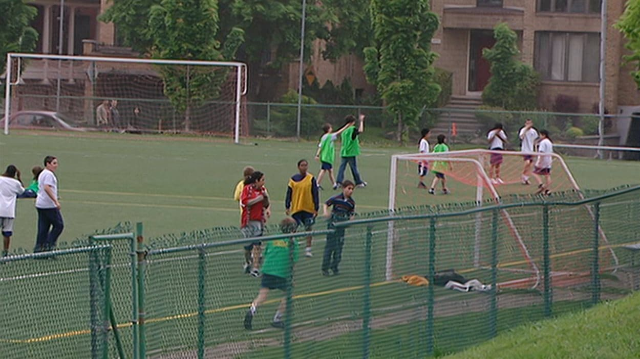 Jeunes  joueurs de soccer
