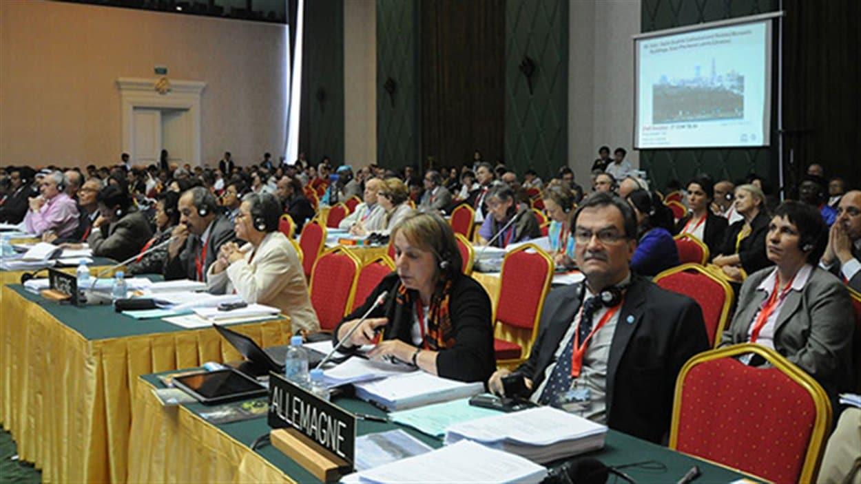 Délégués à la réunion de l'UNESCO à Phnom Penh au Cambodge.