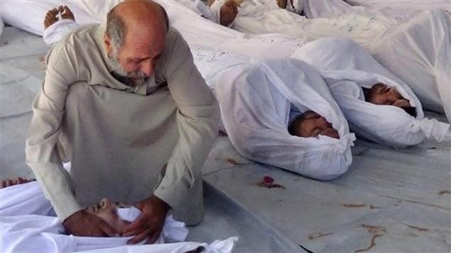 «L'attaque au gaz neurotoxique» dénoncée par l'opposition syrienne aurait fait des centaines de morts.