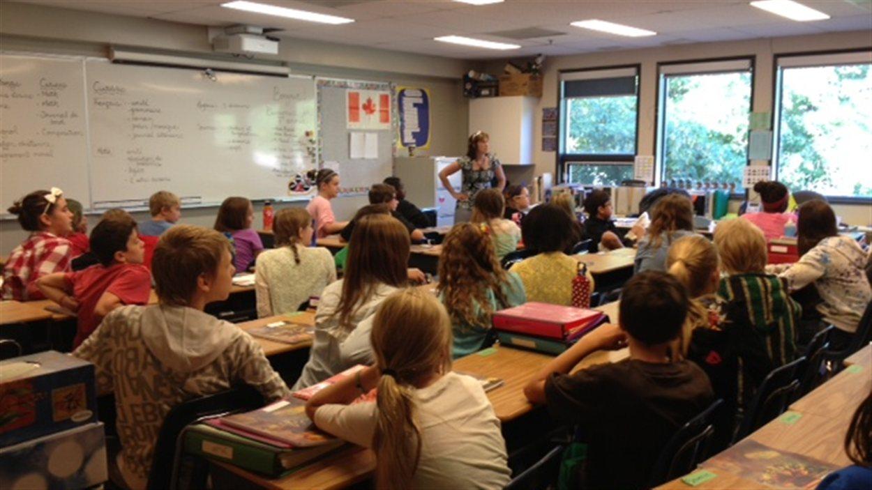 Des élèves de l'École canadienne-française de Saskatoon lors de leur rentrée scolaire en septembre 2013.