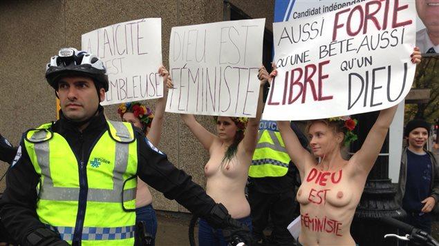 Des Femen se sont invitées à la manifestation en faveur de la Charte